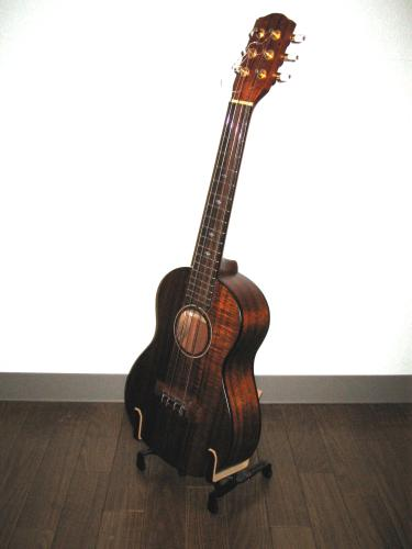 KYairi_UT50K6_Tenor_6Strings.jpg